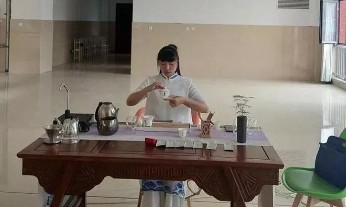 让中国茶艺走进生活|莫道茶事应邀前往洛阳新安县职业高级中学传播茶文化