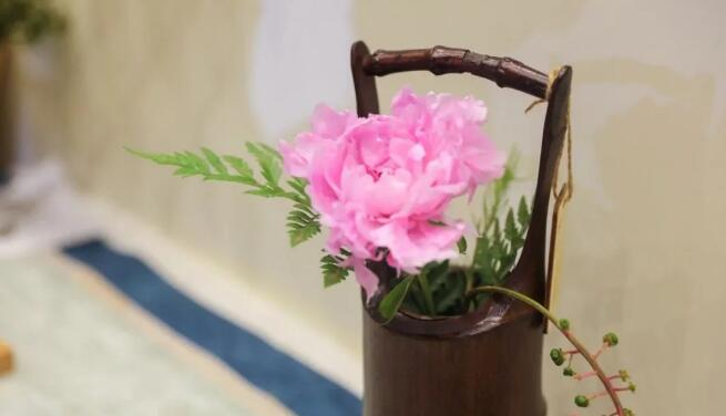 【直播】10:00准时开始,常见形式插花